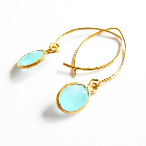 Creolen Oval Chalcedony Aqua Gold
